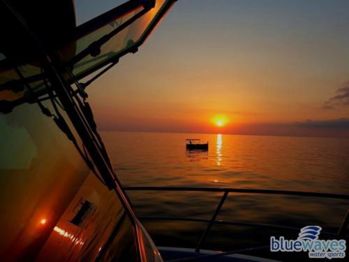 Sunset boat trip Comino